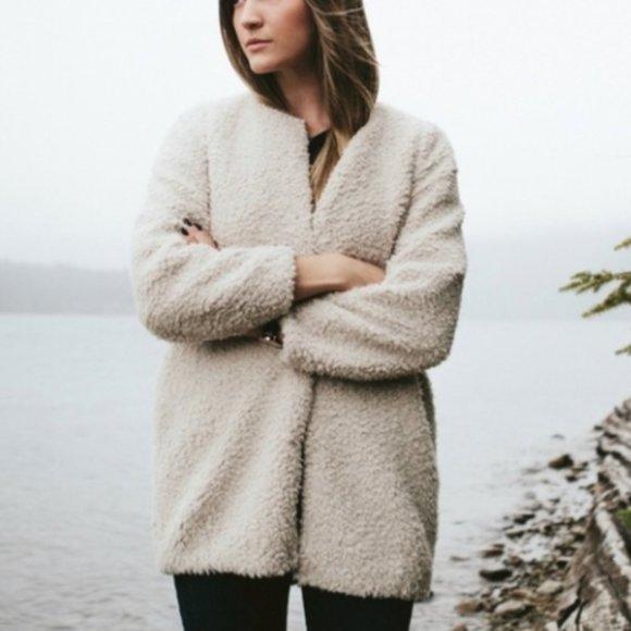 Aritzia Wilfred Laboratoire Coat Teddy Jacket M